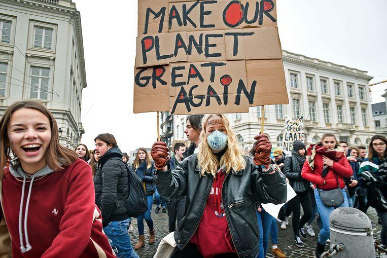 Belgische scholieren (maar ook steeds meer studenten) demonstreren in Brussel voor klimaatmaatregelen, zoals hier op 24 januari 2019. Beeld Guus Dubbelman / de Volkskrant