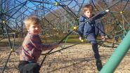 Genieten van eerste lentezon: speeltuinen en terrasjes lopen meteen vol