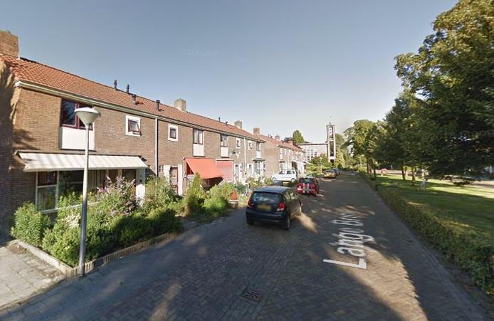 De begin 2020 te slopen woningen aan de Lange Brink.