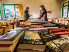 Heerlijk rondsnuffelen op boekenbeurs in Losser