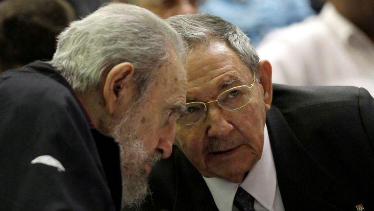 Archieffoto van de gebroeders Castro. Links de voormalig president van Cuba, Fidel Castro en rechts de huidige president Raul Castro Beeld AP
