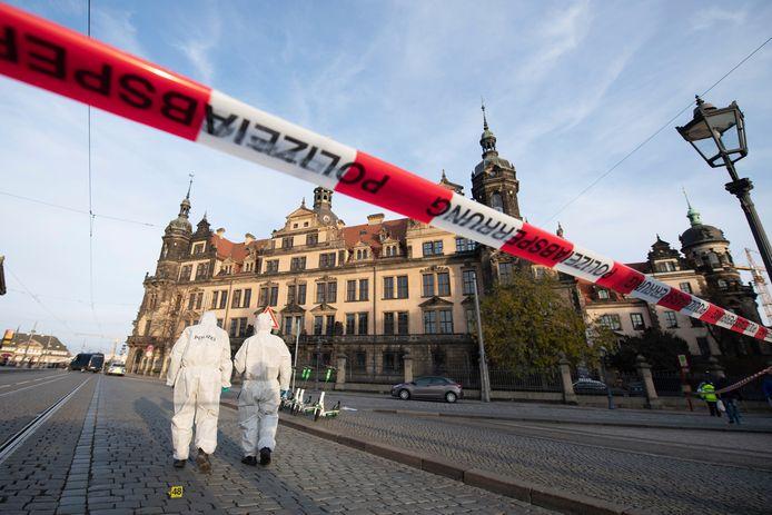 Selon la police, au moins quatre personnes ont été impliquées dans le vol d'œuvres d'art.