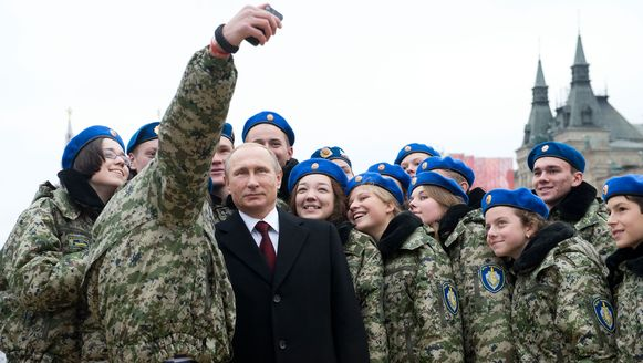 De Russische president Vladimir Poetin gisteren in Moskou.