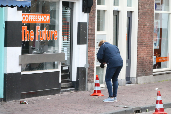 Weer geschoten op coffeeshops in Delft .