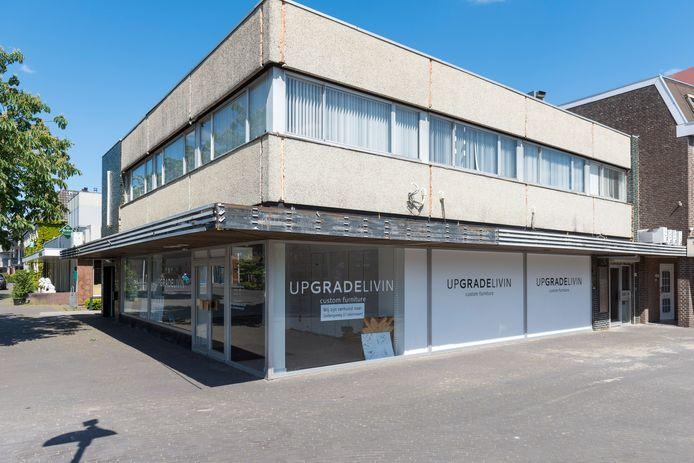 Het pand Upgrade Living aan Den Hof in Aalst wordt gesloopt.