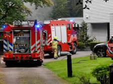 Schuur achter woning in Bennekom vliegt in brand