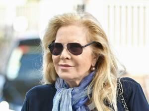 """Sylvie Vartan """"méconnaissable"""" sur le plateau de """"La fête de la chanson française"""": """"Il faut arrêter la chirurgie"""""""