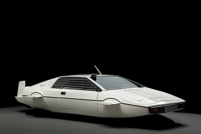 Lotus Esprit duikboot van James Bond.