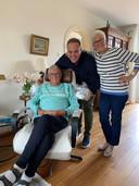 Om Stichting Ambulancewens in het zonnetje te zetten, mocht Jan nog een keer mee met de ambulance voor het programma Goed voor elkaar met Frans Bauer.