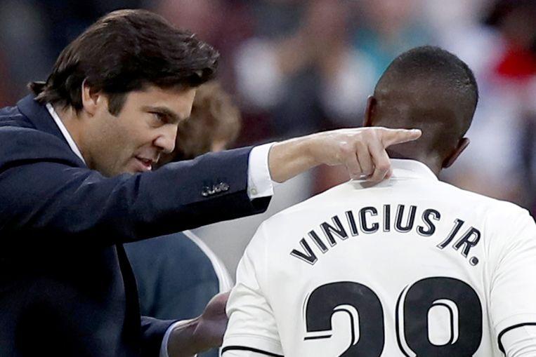 Solari met aanwijzingen voor Vinicius Jr., die afgelopen zaterdag in de basis stond tegen Valladolid.