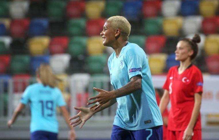 Voetbal Nederlandse voetbalsters verslaan Turkije met 8-0 - Trouw