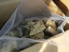 Rosmalenaar aangehouden voor overdracht van 80 kilo MDMA brokstukken