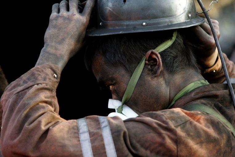 Archieffoto van een reddingswerker bij een eerder mijnongeluk in China Beeld afp