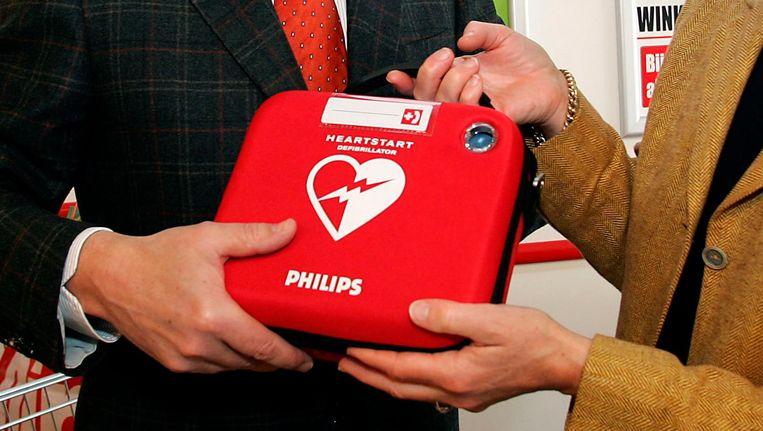 Een Philips-defibrilator in 2006. Beeld anp