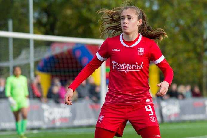Joëlle Smits was voor de derde wedstrijd op rij trefzeker voor FC Twente.