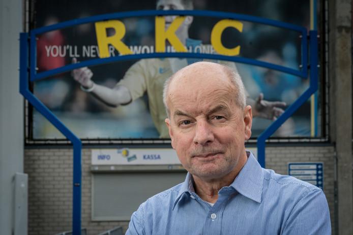 RKC-clubarts Peter Engelenburg die een hartaanval overleefde in de rust van de promotiewedstrijd naar de eredivisie tussen Go Ahead Eagles en zijn club RKC.
