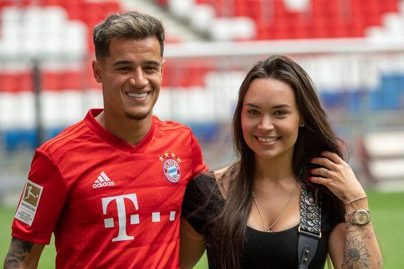 Coutinho met zijn vrouw Aina.