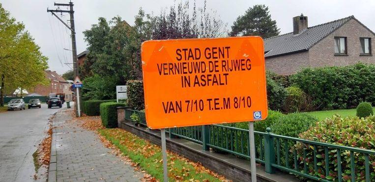 Dit bord staat in de Groenstraat in Oostakker.