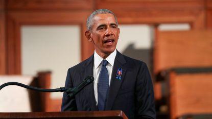 """Obama haalt uit naar regering Trump: """"Meer bezig met onderdrukken van stemmen dan met onderdrukken van virus"""""""