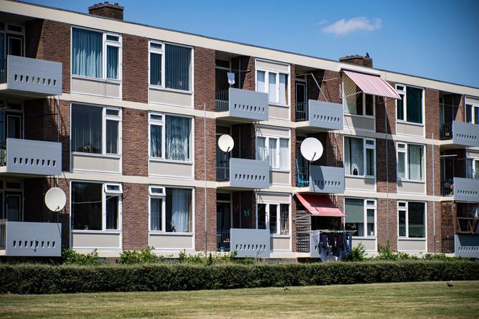 Een van de woonflats in Hatert.