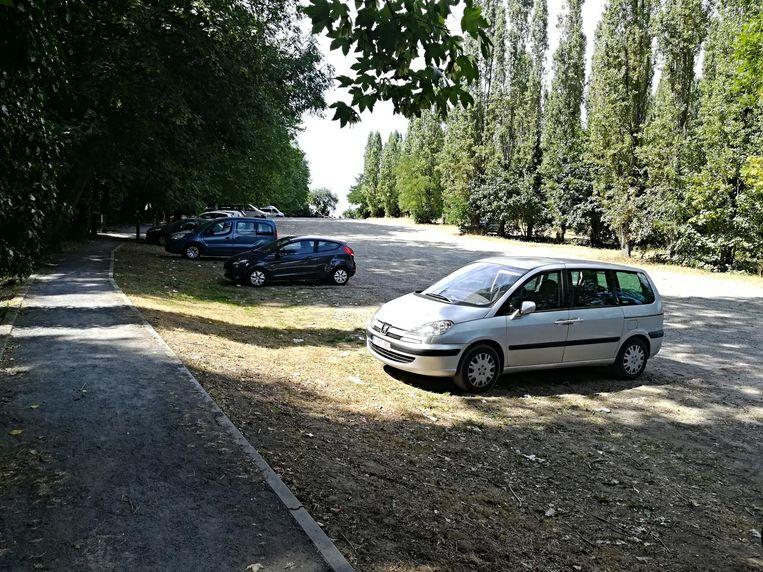 De parking achter de Mariahal wordt geheel heraangelegd in 2019.