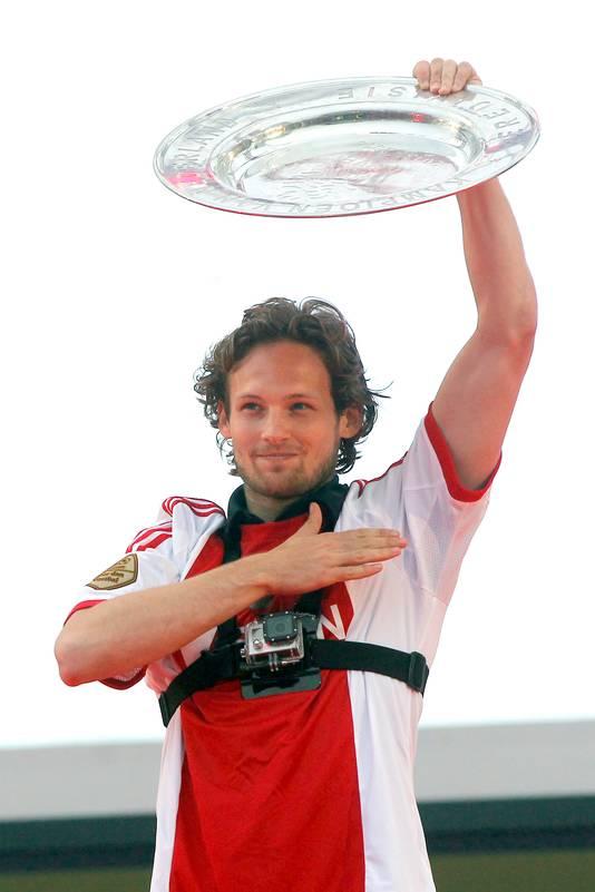 Blind in 2014 bij de huldiging van kampioen Ajax. Hij zou na dat seizoen naar Engeland verkassen.