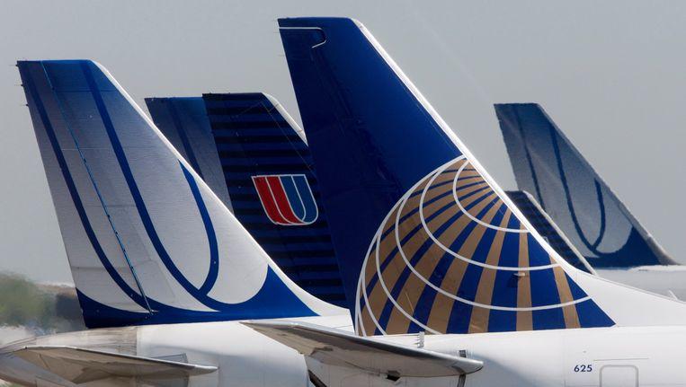 Vliegtuigen van United en de maatschappij Continental, die is overgenomen door United Airlines. Met de stroopwafels en andere gratis snacks hoopt United meer klanten aan te trekken. Beeld reuters