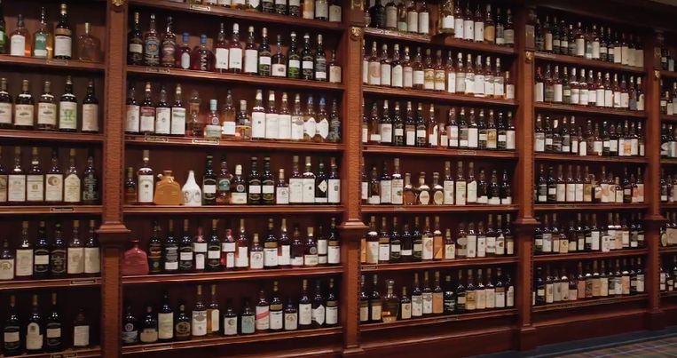 Tot voor kort was de collectie ondergebracht in 'Mr. Gooding's 'Pub', een speciale ruimte in zijn huis die speciaal ontworpen was om al zijn whisky's in hun glorie te tonen.
