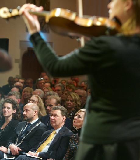 Nieuwjaarsrecepties in regio Arnhem hebben 38.077 euro gekost