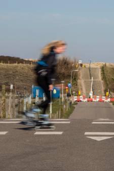 Stranden Wassenaar op slot voor auto's, Dunea roept recreanten 'met klem' op niet naar de duinen te komen