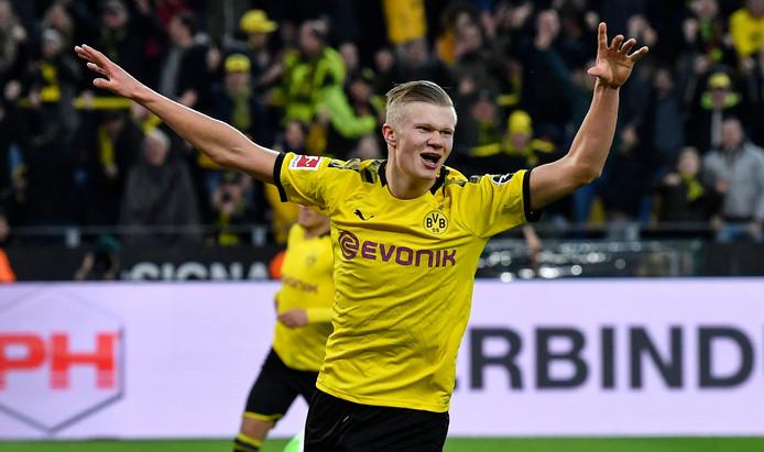 Erling Haaland brengt zijn totaal voor Dortmund al op zeven doelpunten.