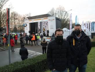 """Geen publiek welkom, maar zij konden Wout van Aert wél zien zegevieren op het BK veldrijden: """"VIP in onze voortuin"""""""
