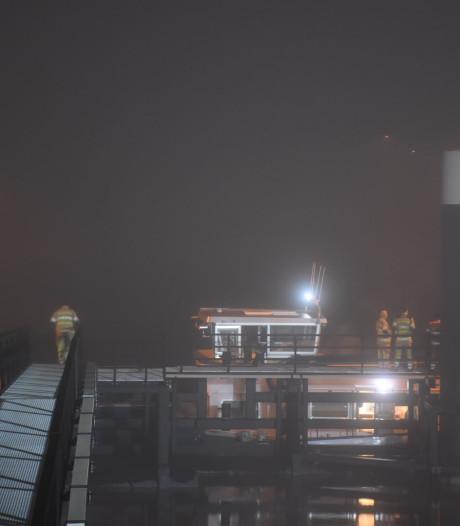 Mensen onwel op boot in Lek bij Nieuwegein