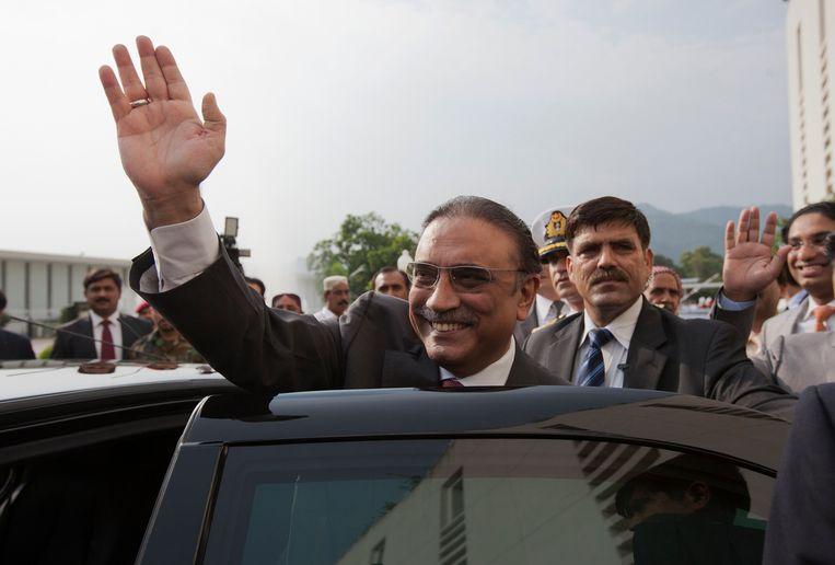 De grootschalige witwasoperatie zou tot in de hoogste regionen van de Pakistaanse samenleving gaan – ook oud-president Zardari (foto), die tijdens zijn tijd als president de bijnaam 'Mr. 10%' had, zou betrokken zijn, maar ontkent alle aantijgingen.