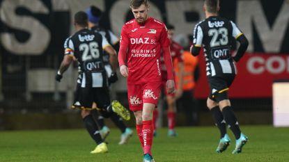 Dramatische avond voor KV Oostende: coach stapt op, ploeg gaat ten onder met forfaitcijfers tegen sterk Charleroi