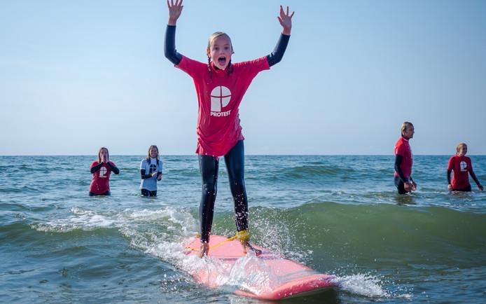 Surfen geeft gevoel van vrijheid, meent Paul Groenheijde.