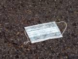 Nieuw soort zwerfafval:  mondkapjes eindigen steeds vaker op straat