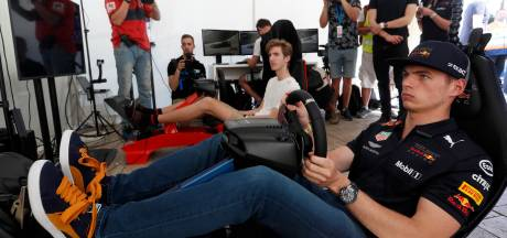 Max Verstappen stapt dit weekend wederom in virtuele racewagen