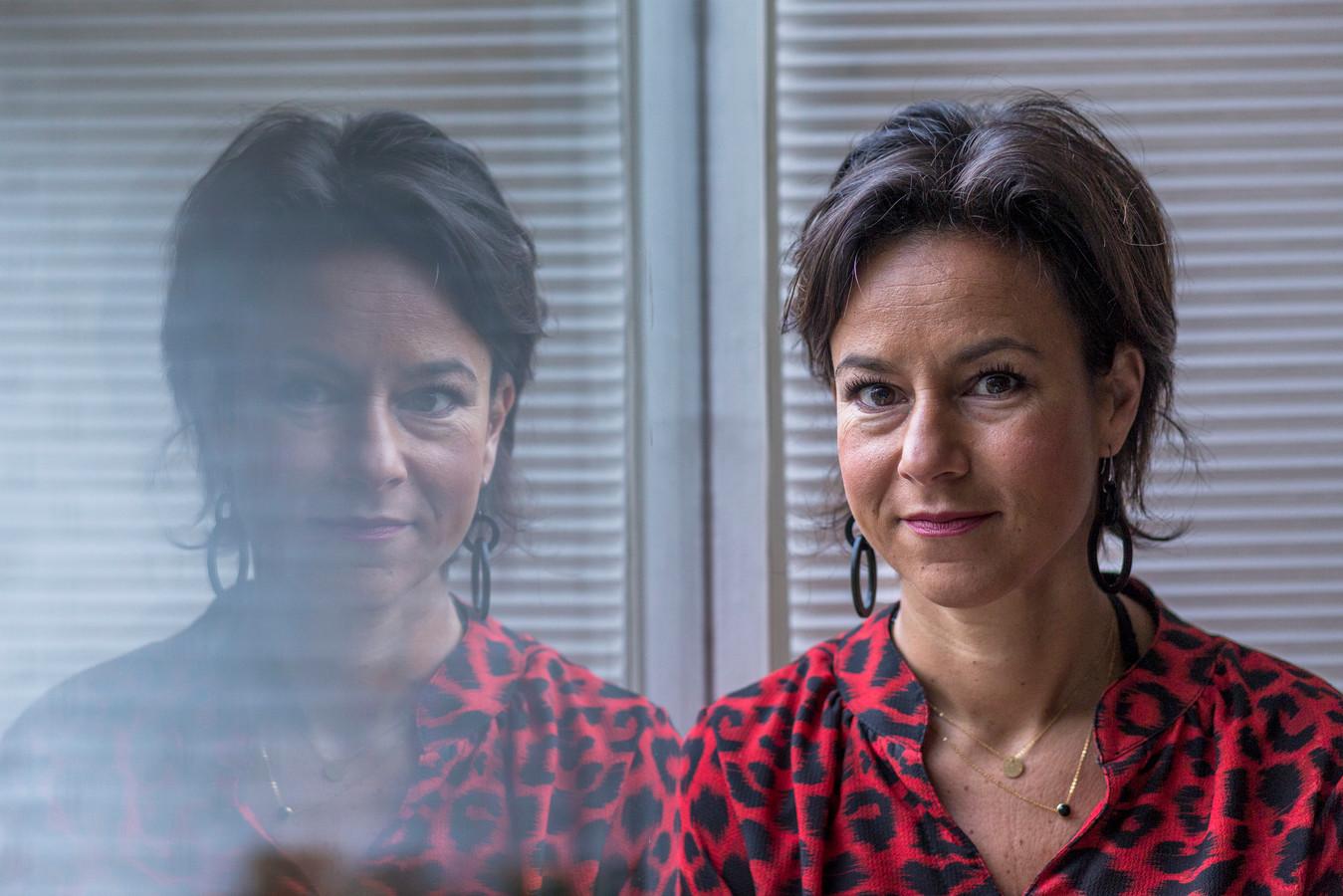 Dr. Iva Bicanic, expert op het gebied van traumabehandeling en seksueel geweld. Ze zette het eerste Centrum Seksueel Geweld in Utrecht op en is nu landelijk coördinator