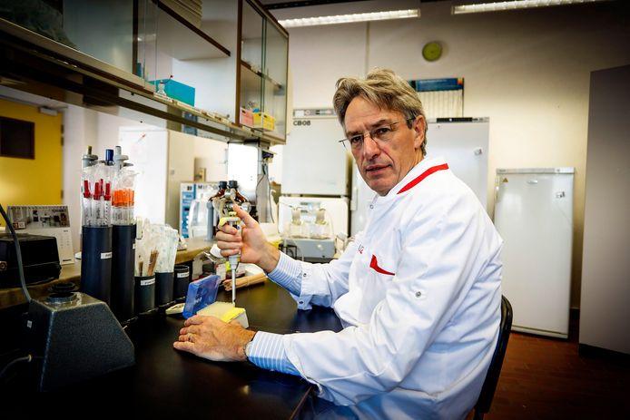 Microbioloog Herman Goossens.