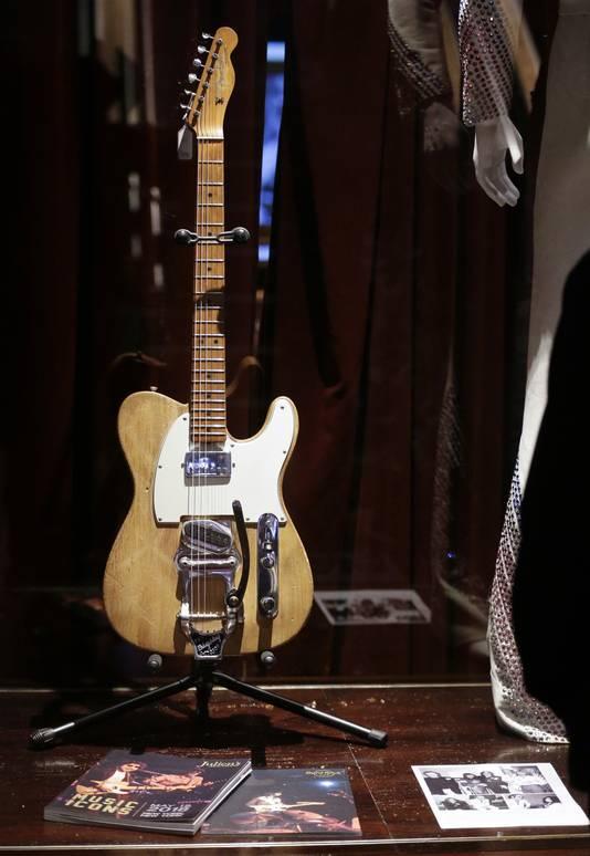 De gitaar.