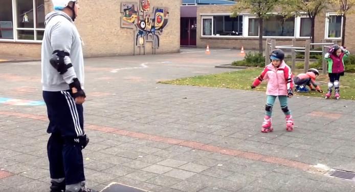 Skateclinic op basisschool de Nobelhorst uit Hulst.
