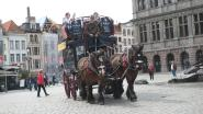 Stad zet paardenkoetsen verplicht op stal door de hitte