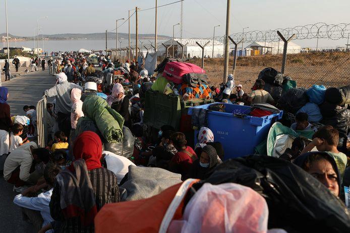 Migranten op Lesbos moeten daar blijven tot hun asielaanvraag is behandeld.