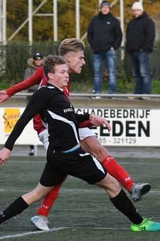 JVC-topscorers Dirks en Van der Laan lopen uit