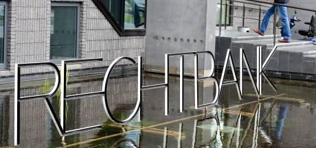 Jongeman uit Lelystad steekt kort voor eigen vrijlating mede-gevangene neer