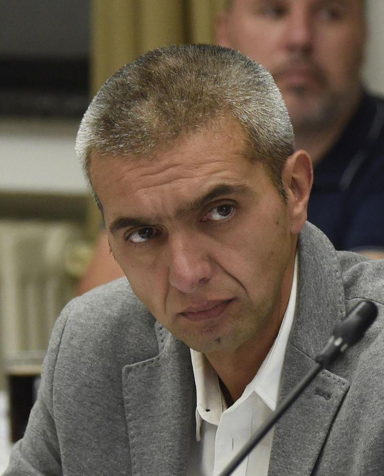 OCMW-voorzitter Fons Duchateau (N-VA) heeft een klacht ingediend tegen sp.a'er Johan Peeters.