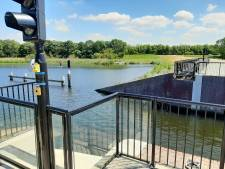 Rolbrug in haven van Tholen bij extreem weer buiten werking