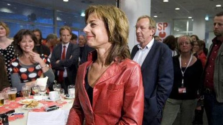 Agnes Kant van de SP tijdens de uitslagenavond van de Europese Verkiezingen in het stadhuis in Den Haag. (ANP) Beeld
