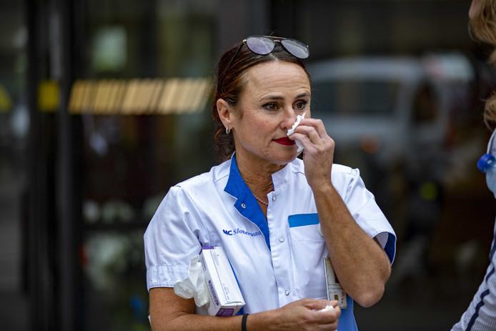 Medewerkers van het Medisch Centrum Slotervaart in Amsterdam hebben verdriet over de gedwongen sluiting.